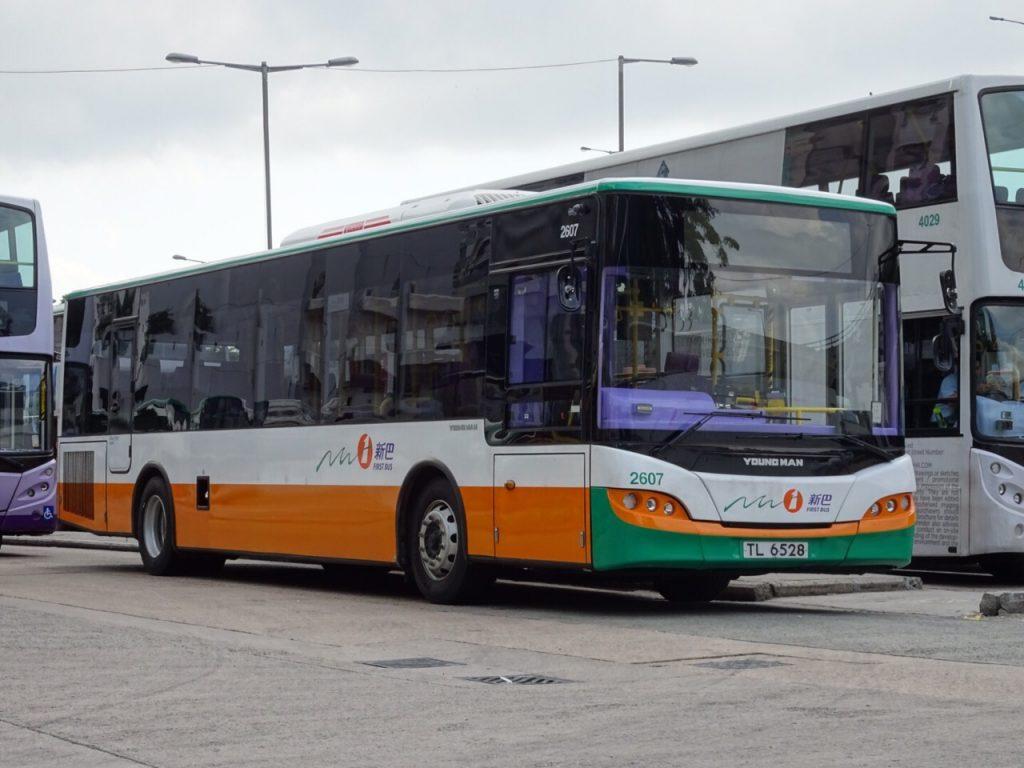 屬於新巴的YoungMAN單層巴士,車隊編號由2600開始。攝影:Kevin Wong