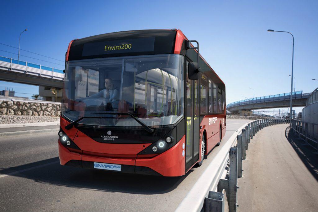政府建議於新界目前人口密度較低、但具增長潛力的地區,引入中型單層巴士,提供來往交通樞紐的短途穿梭服務。