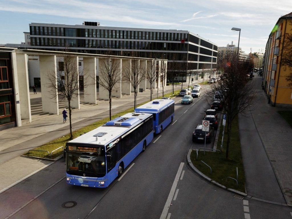 MAN 「Bus Train」主要在行駛上下班以及通常繁忙的時段。