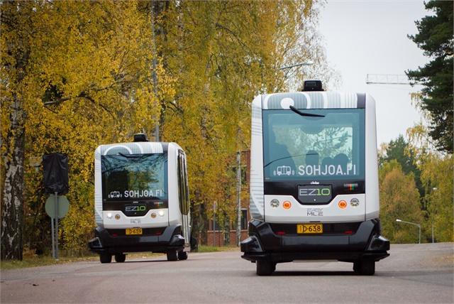 芬蘭赫爾辛基計劃在2017年秋天推出一條全部採用自動駕駛巴士的常規巴士路線。