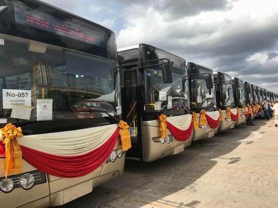 該批車輛包含60台ZK6108HGC和38台ZK6852HG