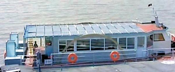 北韓亦曾於遊覽船頂安裝太陽能板