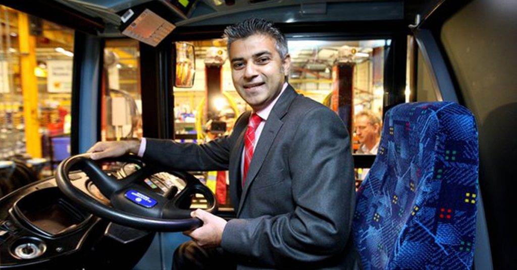 倫敦市長Sadiq Khan表示:「讓巴士司機離開駕駛席後又不能上廁所是不對的。」