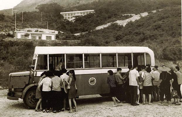 新大嶼山巴士成立