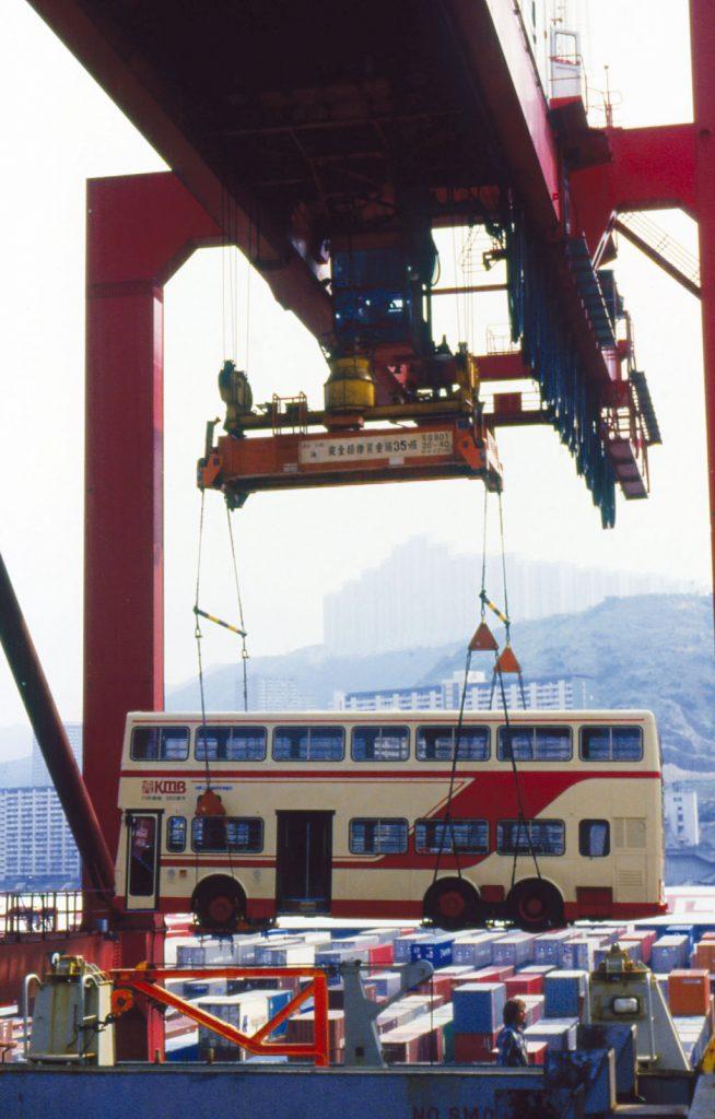 空調Metrobus於1987年到港