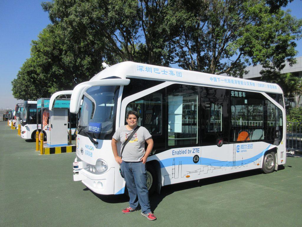 筆者搭乘深圳無人駕駛巴士